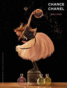 Chanel Chance Eau Vive Ad Campaign with Rianne van Rompaey photography/art direction by Jean-Paul Goude Anuncio Perfume, Jean Paul Goude, Art Photography, Fashion Photography, Product Photography, Parfum Chanel, Chance Chanel, Mode Chanel, Perfume Ad