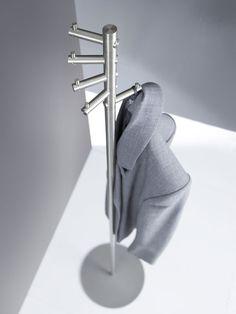 Ein sehr schöner Garderobenständer, der auch mit #Material von #ProKilo einfach zu bauen ist!