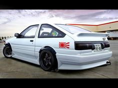 AE86 i owned this as my 1st car. but silver. and normal. not riced out.