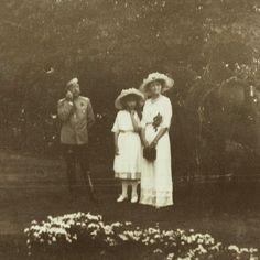Tsar Nicholas II with his eldest daughter, Grand Duchess Olga Nikolaevna, and youngest daughter, Grand Duchess Anastasia Nikolaevna.
