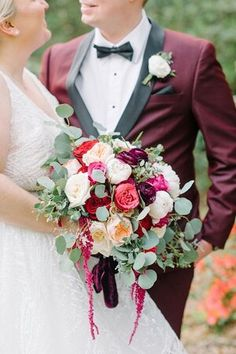 Wedding Vendors, Wedding Blog, Beautiful Bouquets, Red Accents, Low Country, Savannah Chat, Charleston, Floral Wreath, Glamour