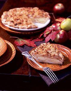 Apple-Cheddar Crumble Pie