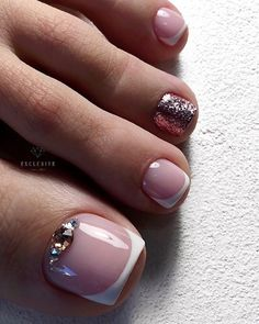 Spring Pedicure Colors Cute Toes Super Ideas - Nailed it! Toe Nail Color, Toe Nail Art, Nail Colors, Shellac Pedicure, Pedicure Colors, Pretty Toe Nails, Cute Toe Nails, Acryl Nails, Jugend Mode Outfits