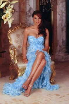 Melania Trump: Stunning pics of the lady behind Donald Trump Trump Melania, Melania Knauss Trump, Donald And Melania Trump, First Lady Melania Trump, Donald Trump Family, Malania Trump, Trump Photo, Lingerie Fine, Ivanka Trump