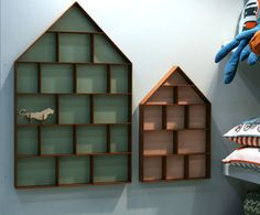 The little Dorm Shelf - Showcase 11 rooms - Wood / White background by Ferm Living