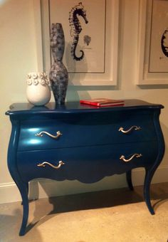 Blue table Hooker Furniture Want to paint my dining table this blue.