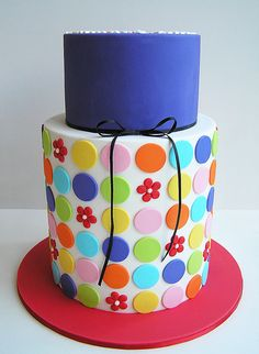I love this cake. Fun and colorful.