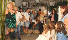 Katia Setien. Thais trasformista en Epoca Cafe Lounge, Limpias