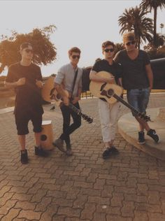 Rixton - lewi their drummer is perfect