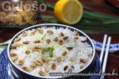Para o #almoço temos Arroz Thai com Leite de Coco é super soltinho e com o leve toque de leite de coco.  #Receita aqui: http://www.gulosoesaudavel.com.br/2015/07/07/arroz-thai-leite-coco/