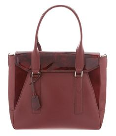 HEXA SATCHEL BORDEAUX / This satchel is made of high quality Full Grain Leather, Goatskin and Patent Leather. It was designed by BELLEBAS and handcrafted in Buenos Aires.