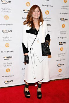 It's a wrap. Or was it a coat? The indie darling Catherine Keener seemed to be addressing the wildly fluctuating weather outside the recent Gotham Awards with gloves and shiny sandals. (Photo: Cindy Ord/Getty Images)