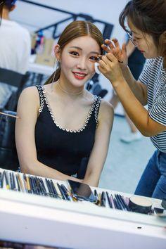 Photo album containing 30 pictures of Chungha South Korean Girls, Korean Girl Groups, Boy Groups, Kim Chanmi, Chung Ah, Kim Chungha, Female Singers, Korean Singer, Kpop Girls