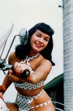 bettie page!! I have never seen this one!!! I <3 it!!!