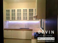 Tersedia Berbagai Bentuk Dan Desain Lemari Dapur Custom Klasik Yang Tak Kalah Menarik