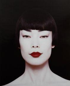 somethingvain:  james kaliardos make-up for visionaire #19'beauty', 1996