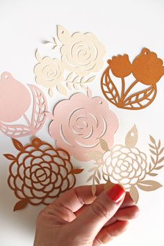 flowers from paper cutting Kirigami, Paper Cutting, Laser Cut Paper, How To Make Decorations, Papier Diy, Crafts For Kids, Diy Crafts, Paper Artwork, Paper Flower Tutorial