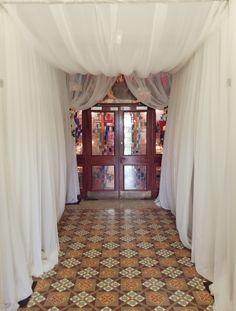 fairytale entrance draping Church Fashion, Church Ceremony, Draping, Valance Curtains, Fairytale, Vip, Entrance, Weddings, Home Decor
