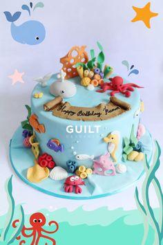 Sea Life - Cake by Guilt Desserts Ocean Cakes, Beach Cakes, Fondant Cakes, Cupcake Cakes, Aquarium Cake, Decors Pate A Sucre, Dolphin Cakes, Nemo Cake, Shark Cake
