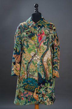 Porter ce manteau et se fondre dans la nature !