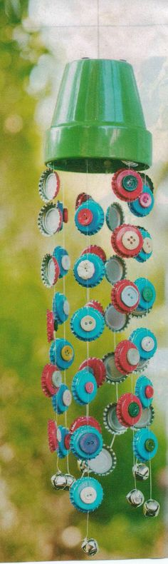 Bottlecap windchime Thinking about trying this with the kids :)