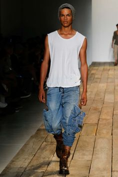 See the complete Greg Lauren Spring 2016 Menswear collection.