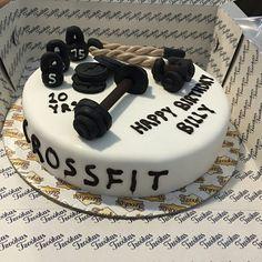 #birthday #cake #bithdaycake #foodporn #healthyeating #cate #crossfit #xanthi #crossfitxanthi #surpriseparty #xanthiteam #birthdaywod #teammates #athletes #friends #fitness #trainig #community #smiles #fun #happy #lovemygym #lovemyjob #katerinavarela #happybirthday@billykalen !