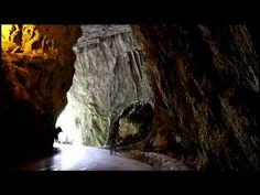 La Cuevona de Cueves, Ribadesella (Asturias) Uno de los pueblos más maravillosos del mundo