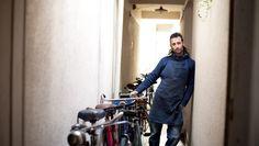 Entrevista a Santiago Oliver para Pul en su taller privado, mecánico de bicis de culto.