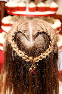 Flower-girl Hair style - heart shaped brades - Cute! | www.AnnasWeddings.com - Boston Wedding Photographer
