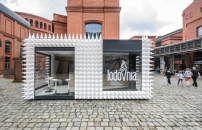 Mobiler Kiosk von mode:lina in Posen / Und jetzt ein Eis - Architektur und Architekten - News / Meldungen / Nachrichten - BauNetz.de