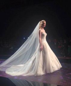 Nicole #weddingdress #weddingplanner #matrimonio #matrimoniopartystyle #bride #bridal #nozze #sposa2016 #collezionesposa2016