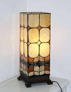 The concentration at the bottom hides the bulb and hardware while the large clear areas at the top allow more light to shine through. Stained Glass Light, Making Stained Glass, Stained Glass Suncatchers, Stained Glass Panels, Stained Glass Projects, Leaded Glass, Mosaic Glass, Creative Lamps, Lights