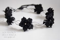 Gothic Jewelry floral crown flower circlet gothic crown by Ayalga on Etsy, - Gothic flower crown. Can be adjust on the back with a lace Flower Hair Accessories, Jewelry Accessories, Jewelry Design, Fantasy Jewelry, Gothic Jewelry, Gothic Flowers, Gothic Crown, Gothic Hairstyles, Diy Hairstyles