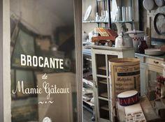 © Kathreinerle Photography    www.mamie-gateaux.com    Salon de Thé / Brocante  66 Rue Cherche Midi, 75006 Paris