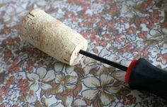 Giochi per le feste: pesca con le paperelle fai-da-te http://www.piccolini.it/post/571/giochi-per-le-feste-pesca-con-paperelle-fai-da-te/