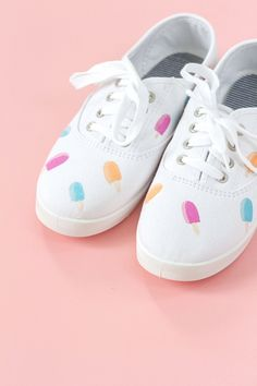 DIY Hand Painted Popsicle Canvas Shoes   Dream Green DIY