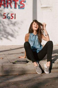 Compraria qual Peça ?   Encontre Calçados!! tudo que você precisa aqui!  http://imaginariodamulher.com.br/look/?go=2g6G0eV