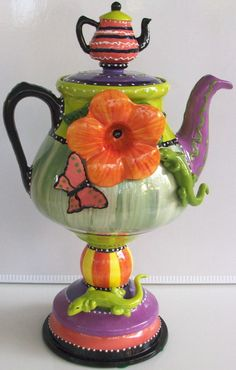 "#131B Teapot Teapot on Lizard Base, 14""H"