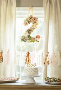 Pink and gold girl's birthday party ideas | Feather and Light Photography