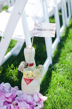 cute idea for a vintage carnival theme wedding