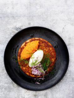 Blinit   Juhli ja nauti, Alkuruuat, Lisukkeet   Soppa365 Iron Pan, Starters, Good Food, Cooking, Ethnic Recipes, Kitchen, Healthy Food, Brewing, Cuisine