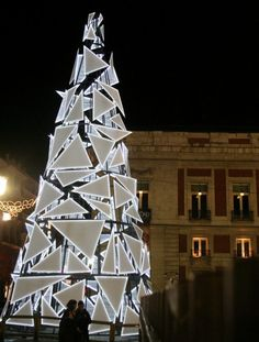 Made of different sized triangles that illuminate at night, this Christmas tree stuns as a Madrid attraction that any MOMA curator would approve of. In fact, those seemingly haphazard triangles look a lot like ones our crafter makes during art hour.