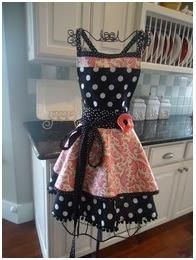 cute apron! Oh if I'm ever a house wife this would be mine!