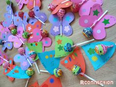 sucettes papillons et super héros Cognitive Distortions, Crafts For Kids, Arts And Crafts, Butterfly Party, Spring Day, Craft Activities, Classroom Decor, First Birthdays, Valentines Day