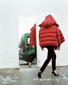 New Balenciaga womenswear campaign!