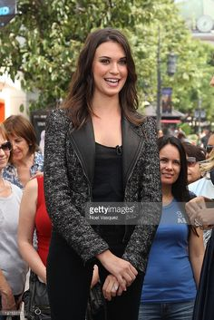 Odette Annable visits Extra at The Grove on September 28, 2011 in Los Angeles…