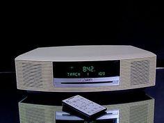 Bose Wave Music System AWRCC2 AM/FM Radio CD Player AUX Alarm Clock Remote