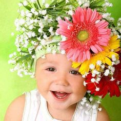 girl with a wreath of flowers, gerbera in her hair child Cute Kids, Cute Babies, Baby Kids, Lil Baby, Beautiful Children, Beautiful Babies, Simply Beautiful, Just Smile, Happy Baby
