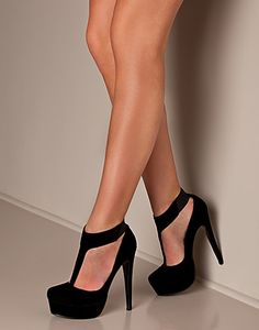 773e46f00944a9 Just love these shoes! Black Prom Heels